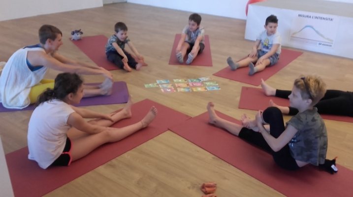 Yoga-Felice per bambini e ragazzi 2018