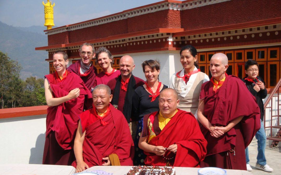 7) i ritiranti con Ringu Tulku e Gialzab Rinpoche