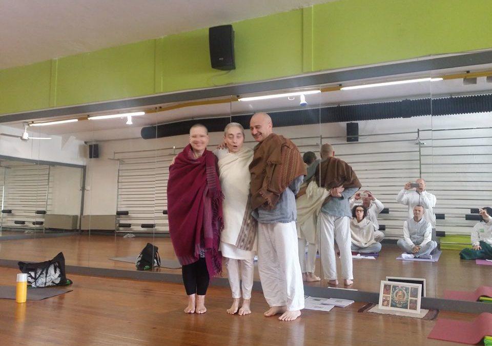 Con Akhila di Je Tsunma Yoga